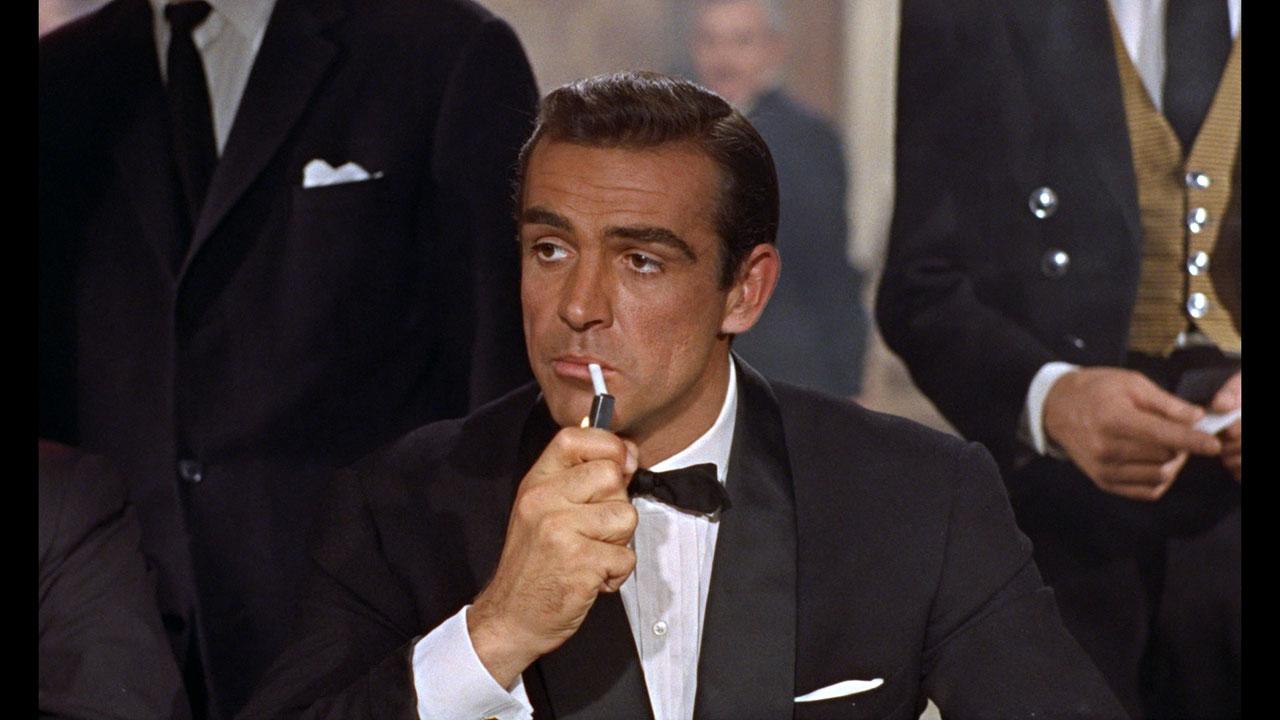 Could James Bond beat an Online Roulette Wheel?